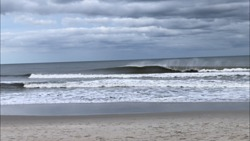 Empty waves, Beauregard photo