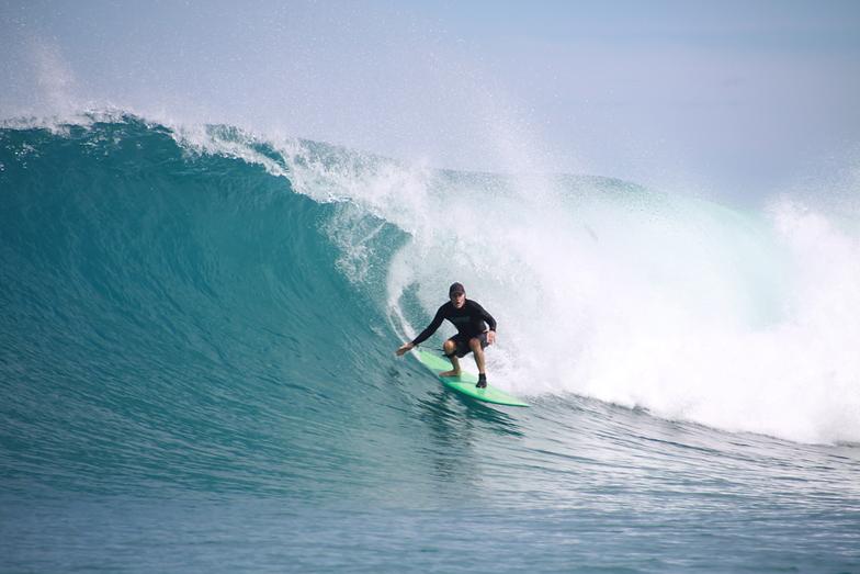 Kavieng Rights surf break