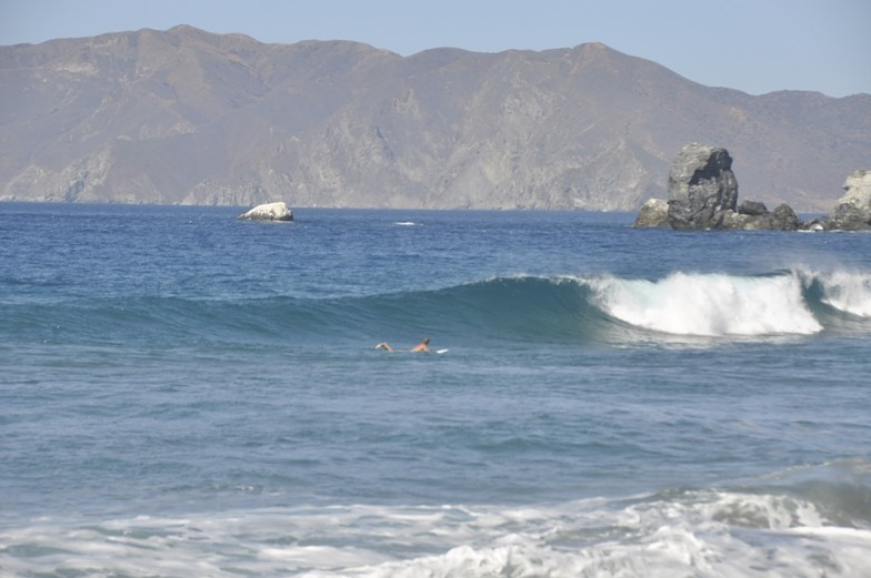 """Dawz""  chasing down a right, Ben Weston (Catalina Island)"
