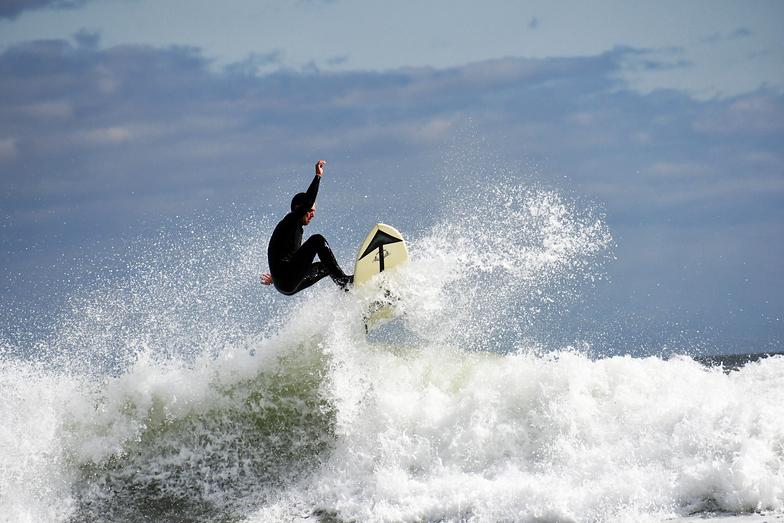 Higgins Beach surf break