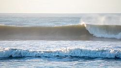 right, Praia de Leste photo