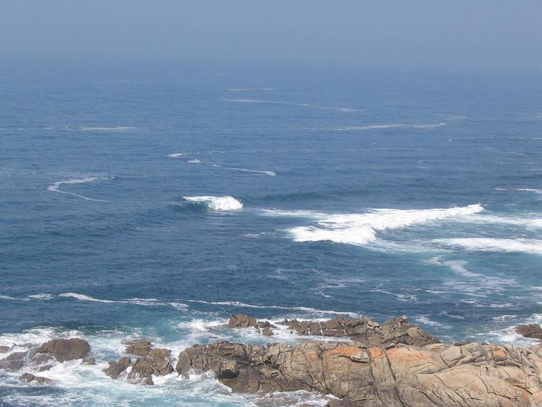 Santa Maria de Oia surf break