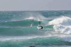 Winter swell, Cowries photo
