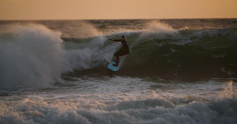 Toro surf break