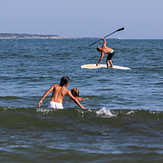 Paddleboarder falling off board at Second Beach, Sachuest Beach (2nd Beach)