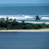 Big swell washing Boca da Barra