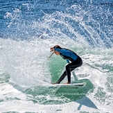 Making her move, Steamer Lane-The Slot