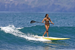 Elle is having fun on SUP at the Lahaina Harbor, Lahaina Breakwall/Harbour photo