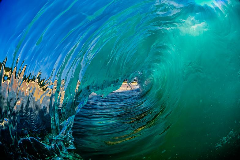 hawaiian glass@808sandys.com/lakelalambert@instgram.com, Sandy Beach