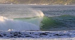 Surfista local, Christian Ibarra, Maitencillo photo