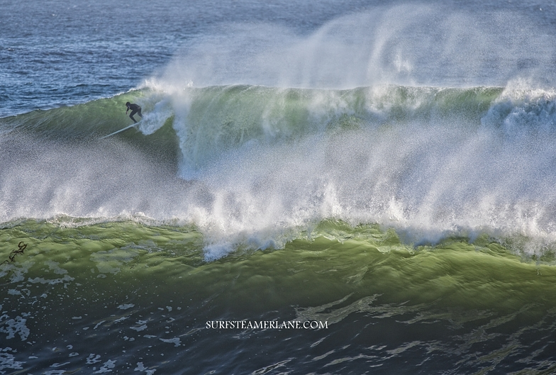 Epic surf at Middle Peak, Steamer Lane-Middle Peak
