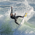 Expert aerial, Steamer Lane-Middle Peak