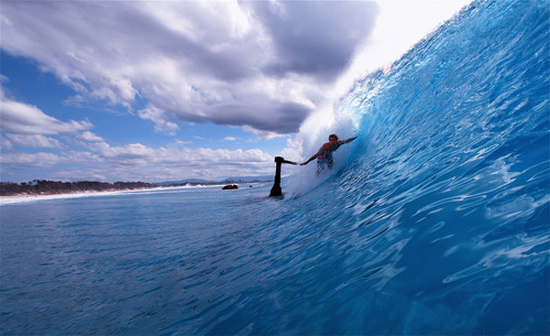 Blue Wave, Byron Bay - The Wreck