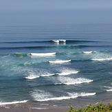 "Surfers going right&left in ""Triangular"" point (right part of Salvaje beach), Barinatxe - La Salvaje"