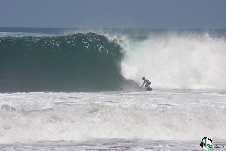 Playa Hermosa surf break