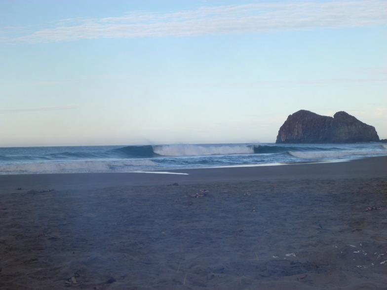 Hotel Tecuan surf break