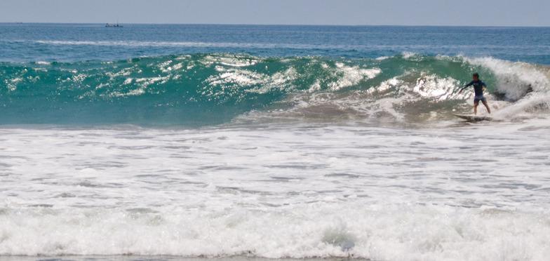 Revolcadero surf break