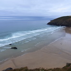 Ideal conditions for surfing at Mawgan Porth, Cornwall