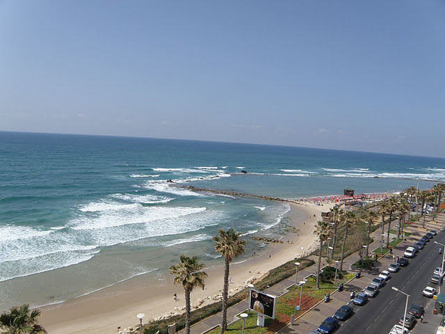 Bat-yam (al gal) or Tubego Beach break guide