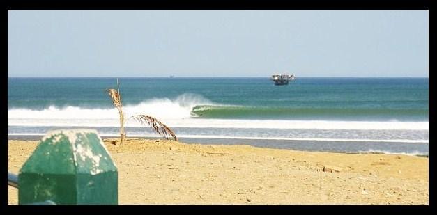Lobitos surf break