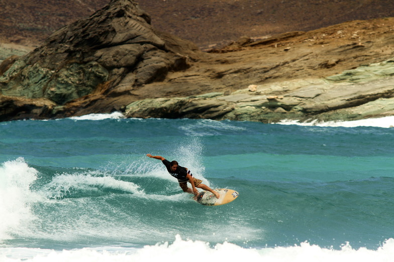 Kolimbithres West (Tinos) surf break