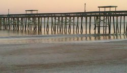 low surf, Fernandina Beach Pier photo
