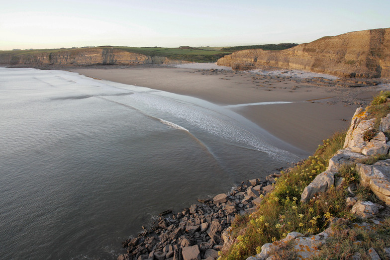 Southerndown surf break