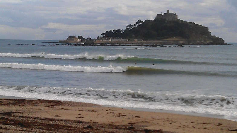 Marazion surf break