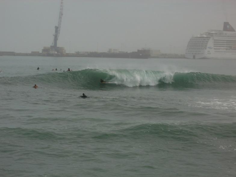 Kanaha surf break