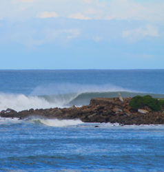 left, Caves Beach photo