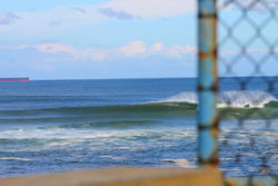 swells, Caves Beach photo