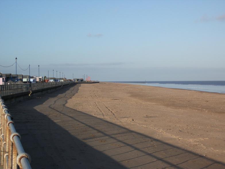 A quiet day in December at Sutton Beach, Sutton-on-Sea