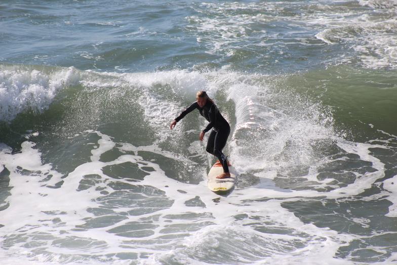Surfing at Manhattan Beach Pier, Manhattan Beach and Pier