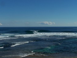 just over from main break, Southside photo