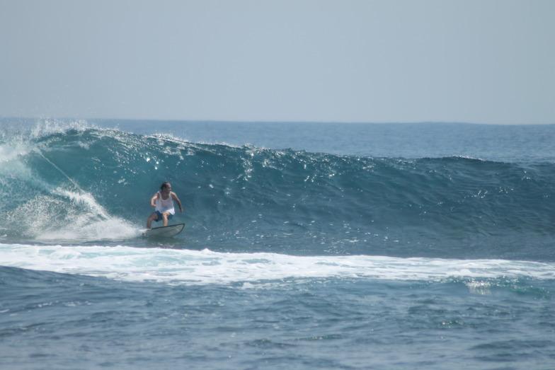 Way Jambu surf break