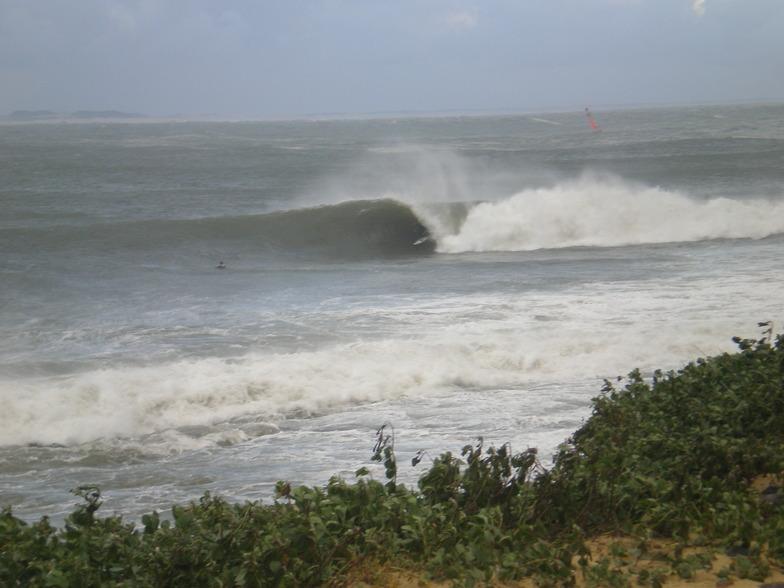 Newcastle -The Harbour surf break