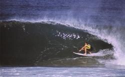 Eastern Beach Barrels - Grant Sinclair photo