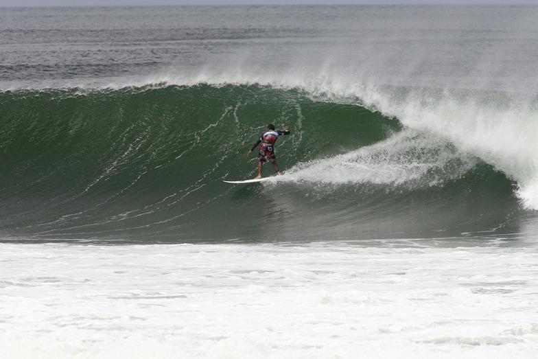 Playa Colorado surf break