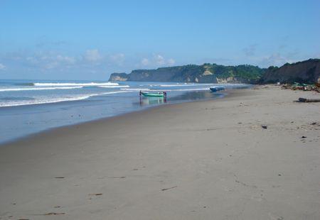 Canoa low tide