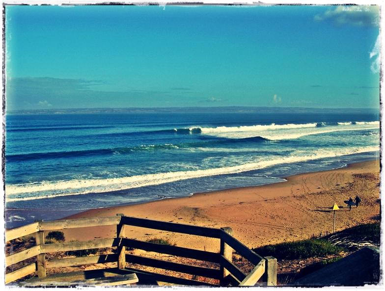 Flynns Reef surf break