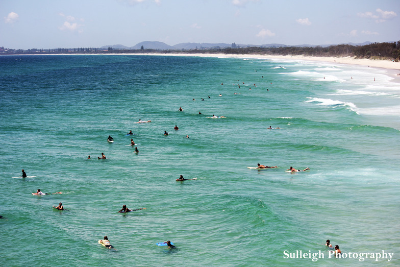 Fingal Point and Beach surf break