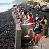 Paul do Mar surfspot, spectators enjoying competition