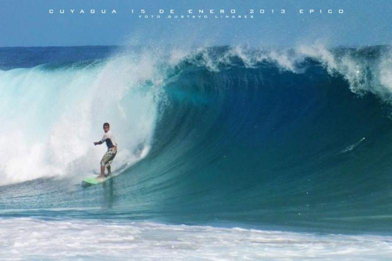 Cuyagua surf break
