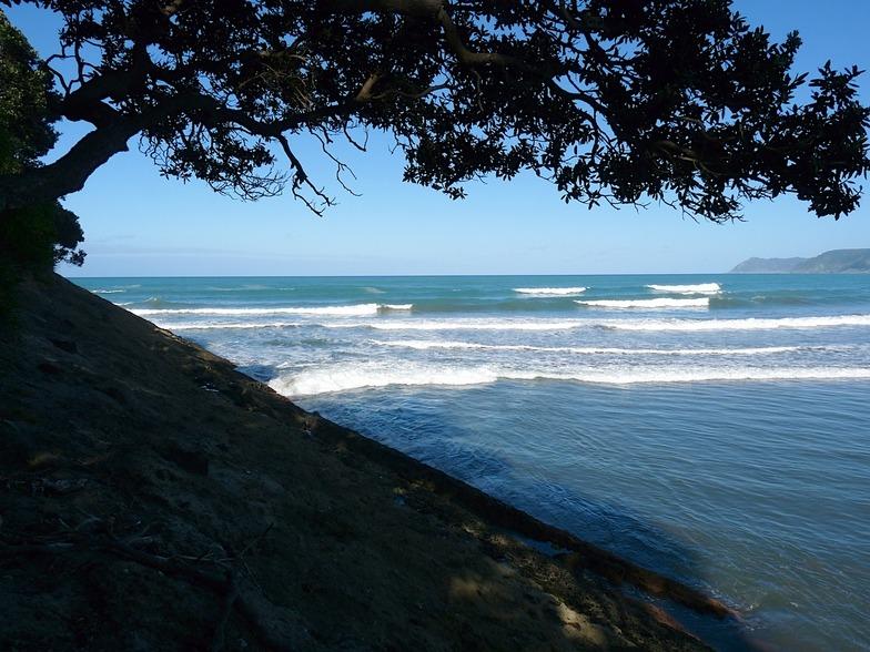Tokata surf break