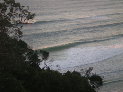 Early surf check, Tallows Beach