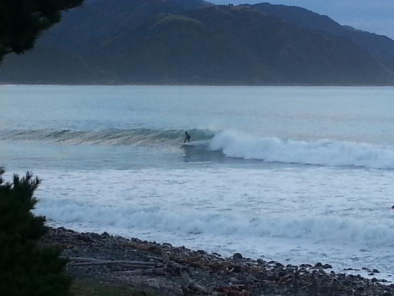 Mangamaunu surf break