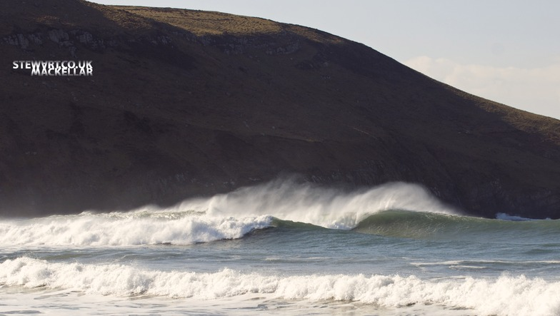 Hells Mouth (Porth Neigwl) surf break