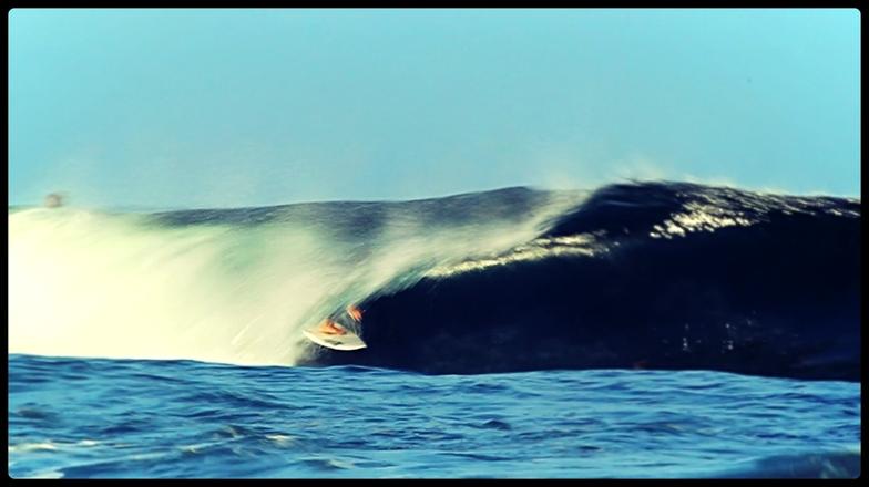 Aussie pipe surf break