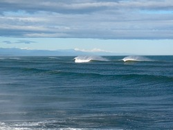 Offshore Autumn swell, Blaketown Wedge photo