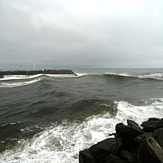 Big Grey River surf, Cobden Breakwater